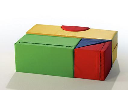 Verschiedene Kunstlederelemente - Schaumstoff Bausätze und Balanciergeräte