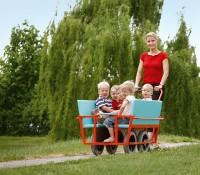 Sechssitziger Kinderwagen