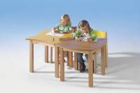 Quadratwellentisch aus Holz
