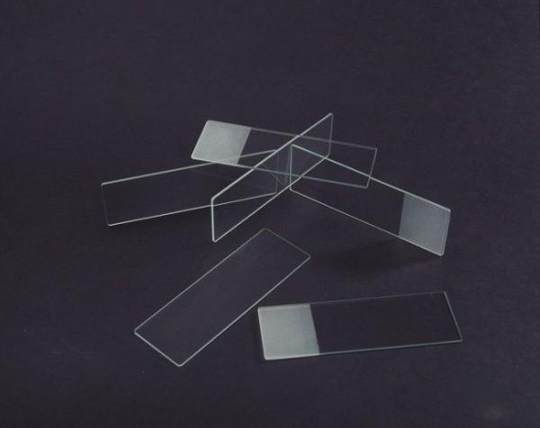 Objektträger aus Glas mit fein geschliffenen Kanten