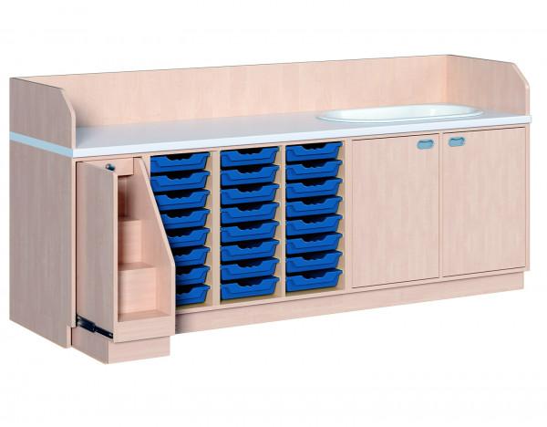 Wickelkommode mit 24 ErgoTray Boxen und Badewanne