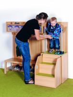 Anziehhilfe für Kinder mit ausziehbarer Treppe