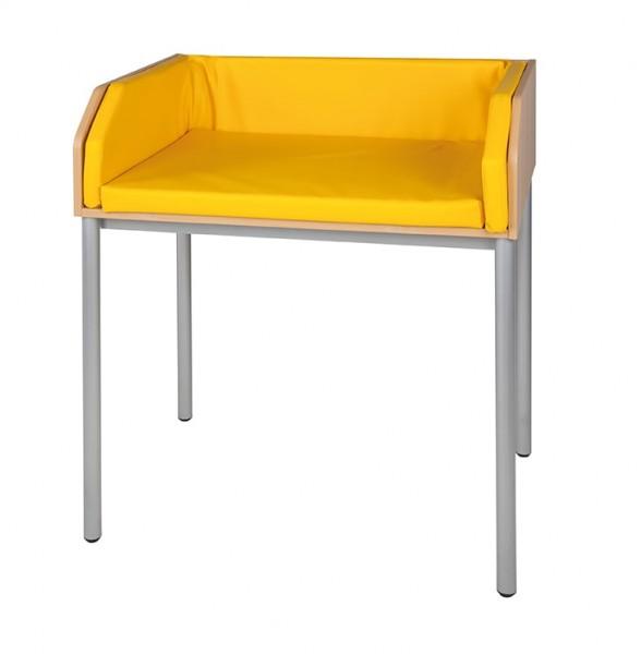 Wickeltisch mit Stahlgestell