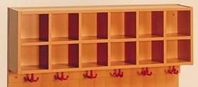 Garderobenablage mit 6 oder 12 Fächern und Dreifach-Haken