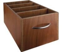 Aufbewahrungsbox mit Handgriffen