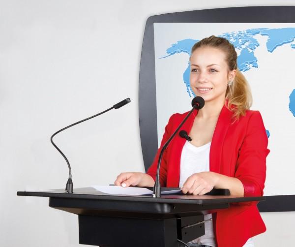 Rednerpult mit integriertem Lautsprecher- & Mikrofonsystem