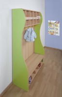 Formschöne Seitenwangen für Kinder-Garderoben