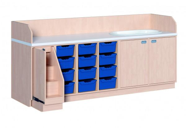 Wickelkommode mit 12 ErgoTray Boxen und Badewanne