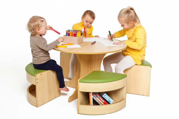 Kindersitzgruppe mit Tisch und Stühlen, 5-tlg.