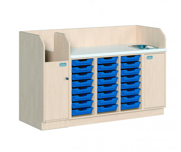 Wickelkommode mit 24 ErgoTray Boxen und Waschbecken + Aufgang